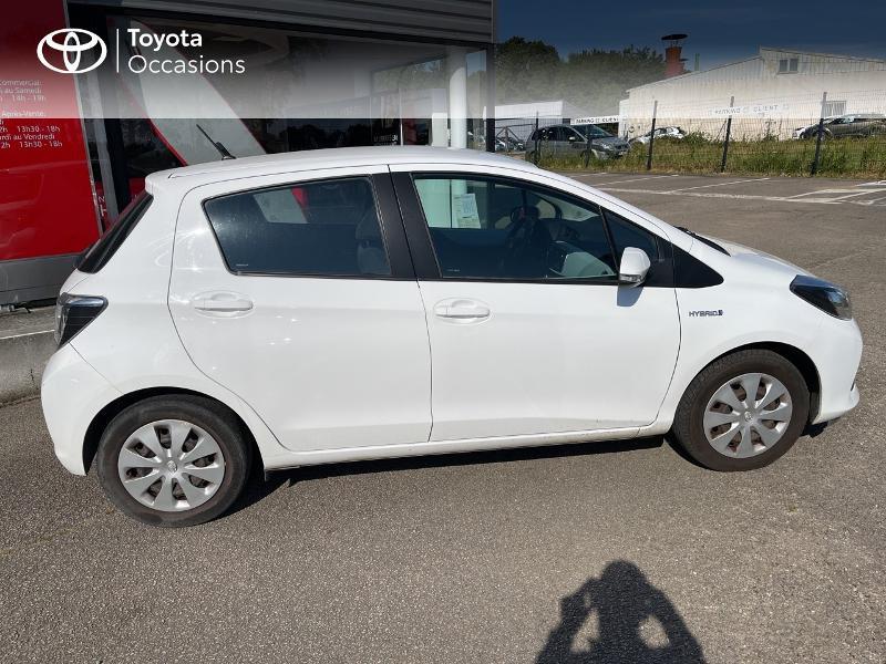 Photo 17 de l'offre de TOYOTA Yaris HSD 100h Dynamic 5p à 12480€ chez Cap Ouest Auto - Toyota Morlaix