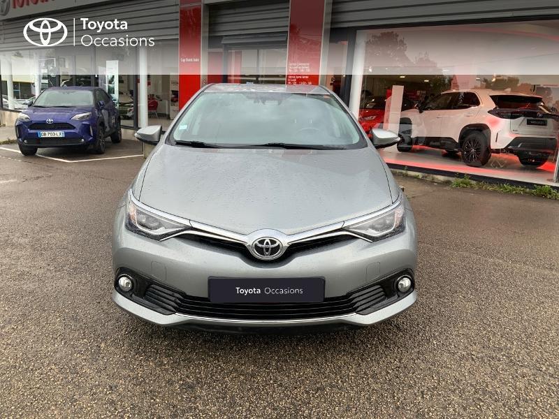 Photo 5 de l'offre de TOYOTA Auris 1.2T 116 Design à 10980€ chez Cap Ouest Auto - Toyota Morlaix