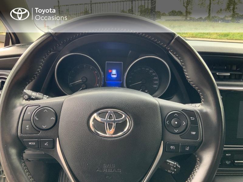 Photo 13 de l'offre de TOYOTA Auris 1.2T 116 Design à 10980€ chez Cap Ouest Auto - Toyota Morlaix