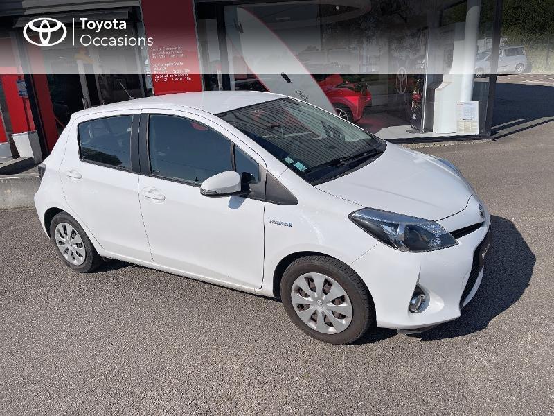 Photo 19 de l'offre de TOYOTA Yaris HSD 100h Dynamic 5p à 12480€ chez Cap Ouest Auto - Toyota Morlaix