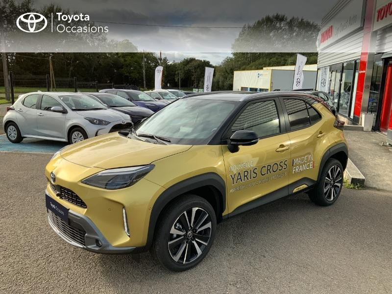 Toyota Yaris Cross 116h Première AWD-i Hybride Or Pur Occasion à vendre