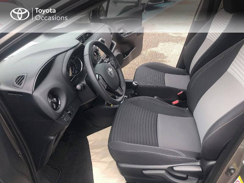 Photo 11 de l'offre de TOYOTA Yaris 70 VVT-i Design 5p RC18 à 11980€ chez Cap Ouest Auto - Toyota Morlaix
