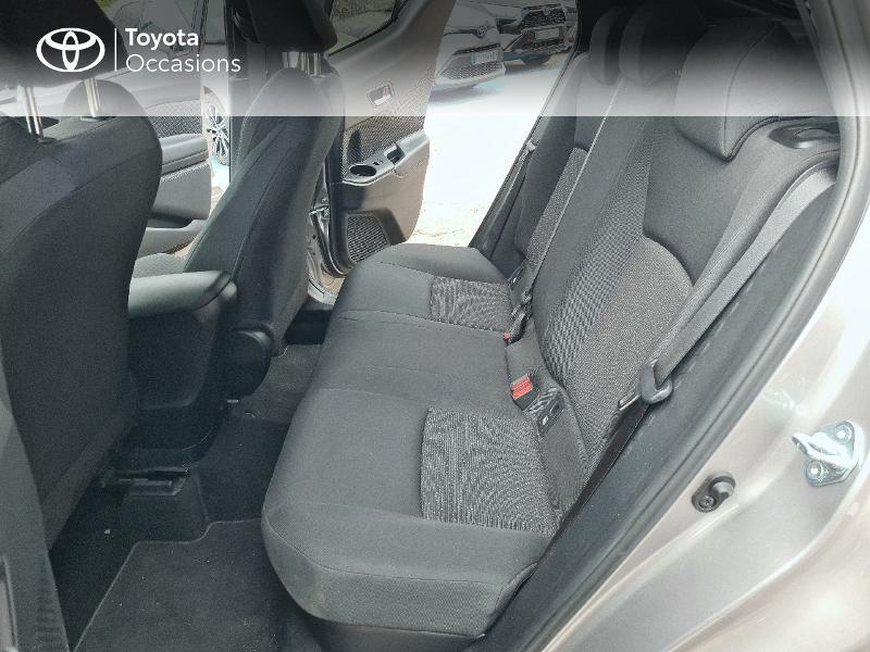 Photo 12 de l'offre de TOYOTA C-HR 122h Design 2WD E-CVT RC18 à 21480€ chez Cap Ouest Auto - Toyota Morlaix