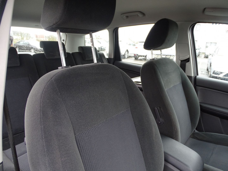 Photo 10 de l'offre de FORD C-MAX 1.8 125CH GHIA à 3990€ chez International Auto Auneau