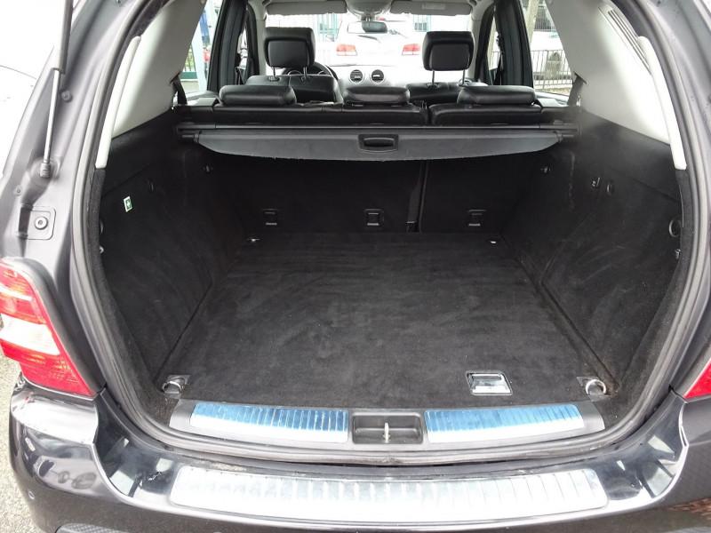 Photo 9 de l'offre de MERCEDES-BENZ CLASSE ML (W164) 280 CDI PACK LUXE à 10590€ chez International Auto Auneau