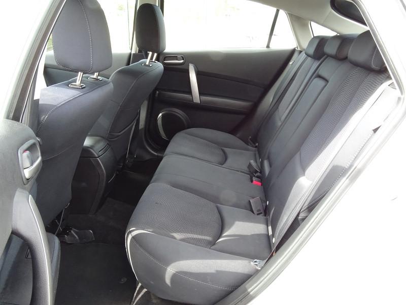 Photo 9 de l'offre de MAZDA MAZDA 6 2.2 MZR-CD125 ELEGANCE 5P à 7890€ chez International Auto Auneau