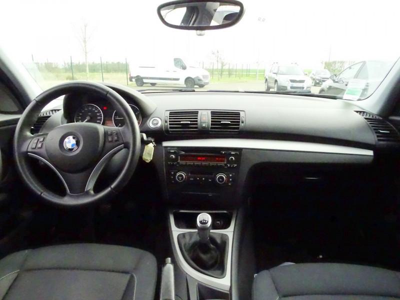 Photo 6 de l'offre de BMW SERIE 1 (E81/E87) 118D 143CH CONFORT 5P à 8790€ chez International Auto Auneau