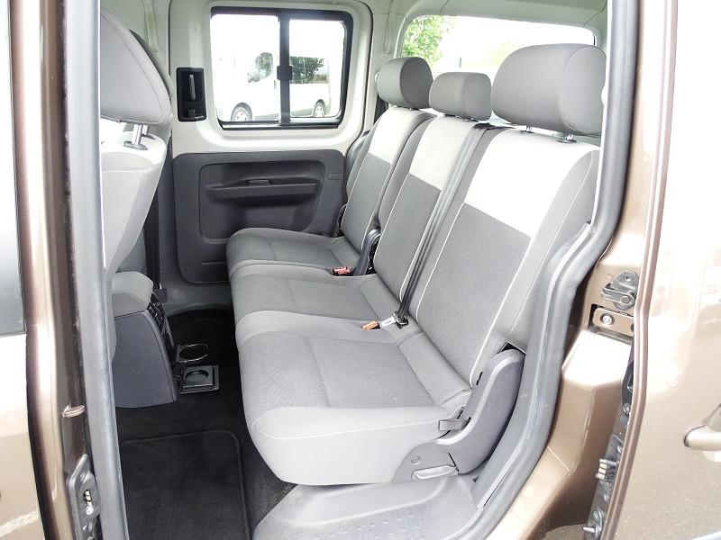 Photo 3 de l'offre de VOLKSWAGEN CADDY MAXI 1.6 TDI 102CH FAP TRENDLINE DSG7 à 12990€ chez International Auto Auneau
