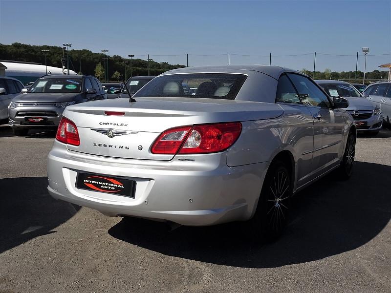 Photo 4 de l'offre de CHRYSLER SEBRING CABRIOLET 2.0 CRD LIMITED TOIT RIGIDE à 8690€ chez International Auto Auneau
