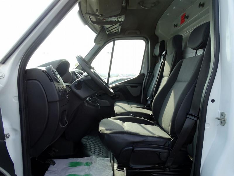 Photo 4 de l'offre de RENAULT TRUCKS MASTER FG 125.35 FG L3H2 à 11490€ chez International Auto Auneau