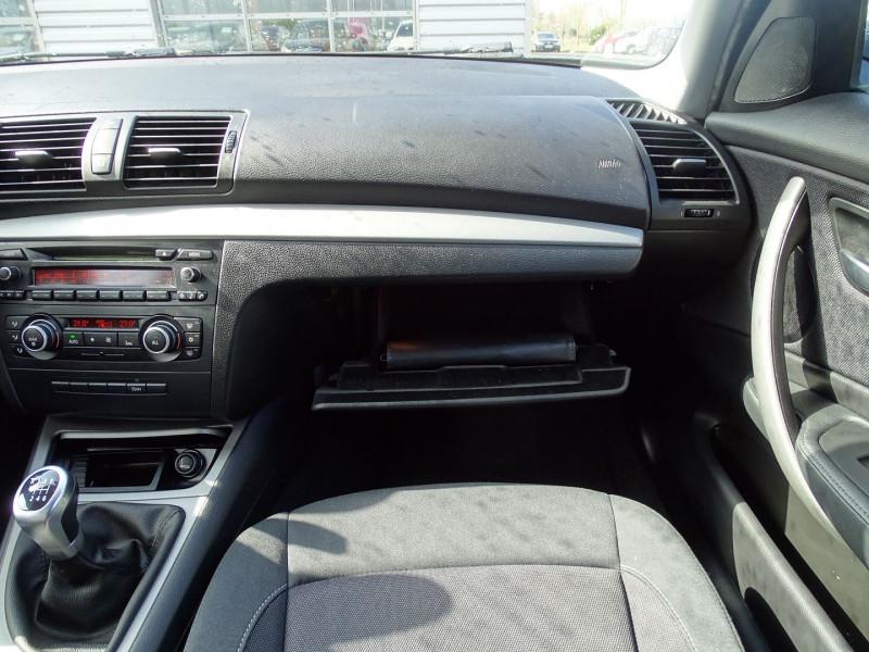 Photo 11 de l'offre de BMW SERIE 1 (E81/E87) 118D 143CH CONFORT 5P à 8790€ chez International Auto Auneau