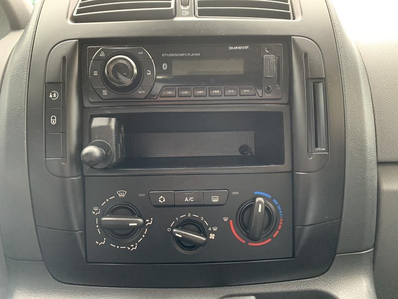 Photo 4 de l'offre de FIAT SCUDO PANORAMA CH1 1.6 MULTIJET 16V 8/9 PLACES à 11990€ chez International Auto Auneau