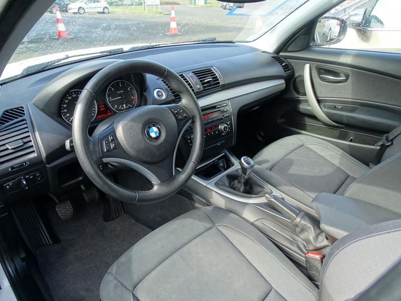 Photo 9 de l'offre de BMW SERIE 1 (E81/E87) 118D 143CH CONFORT 5P à 8790€ chez International Auto Auneau