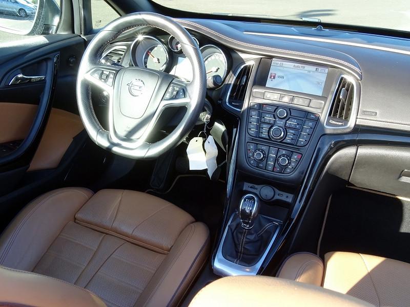Photo 19 de l'offre de OPEL CASCADA 2.0 CDTI 165CH COSMO PACK START&STOP à 13590€ chez International Auto Auneau