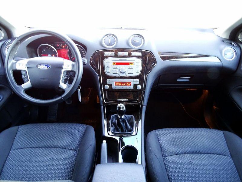 Photo 11 de l'offre de FORD MONDEO 1.8 TDCI 125CH GHIA 5P à 7190€ chez International Auto Auneau