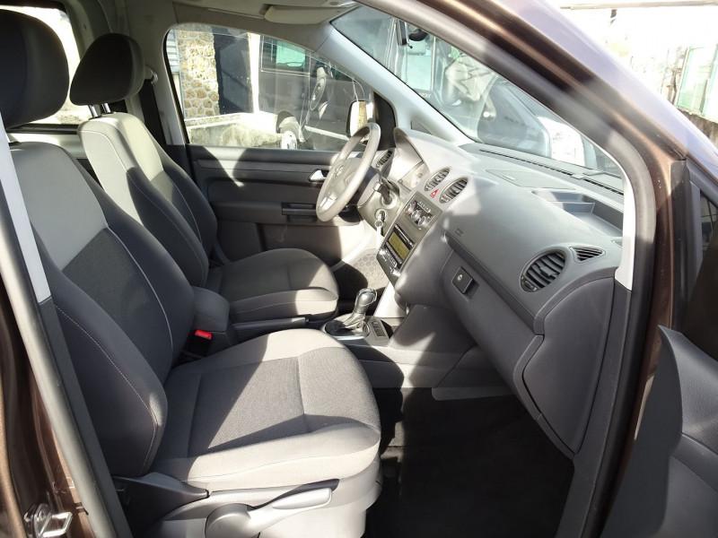 Photo 15 de l'offre de VOLKSWAGEN CADDY MAXI 1.6 TDI 102CH FAP TRENDLINE DSG7 à 12990€ chez International Auto Auneau