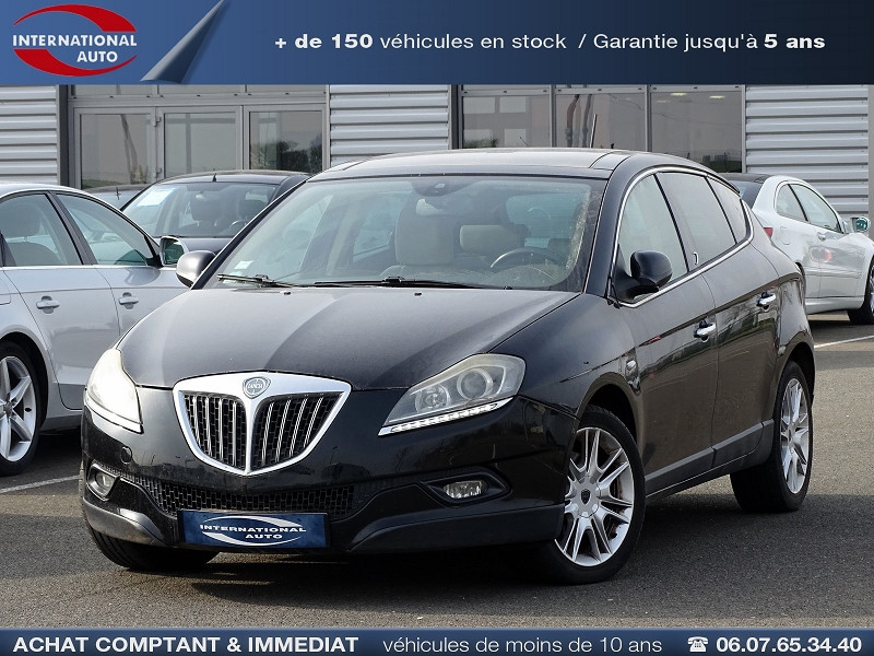 Photo 1 de l'offre de LANCIA DELTA 2.0 MULTIJET 165 16V DPF PLATINO à 7490€ chez International Auto Auneau