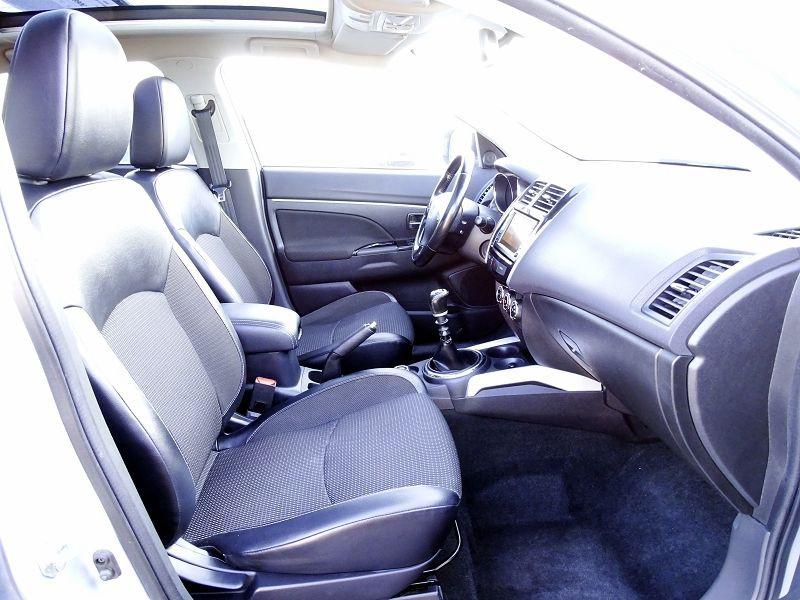 Photo 16 de l'offre de PEUGEOT 4008 1.8 HDI150 FAP STT 4WD à 12490€ chez International Auto Auneau