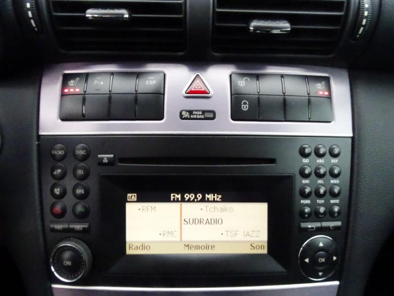 Photo 8 de l'offre de MERCEDES-BENZ CLASSE CLC (CL203) 180K à 9890€ chez International Auto Auneau