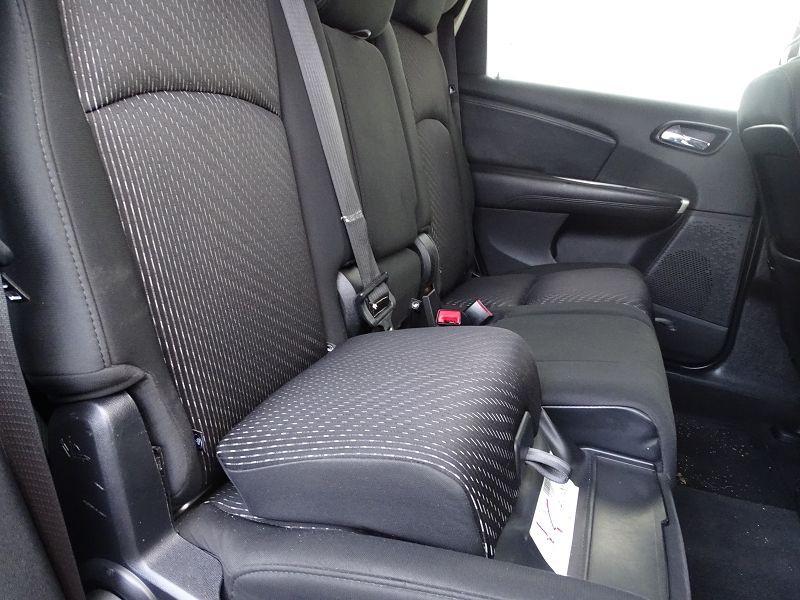 Photo 10 de l'offre de FIAT FREEMONT 2.0 MULTIJET 16V 140CH URBAN à 10790€ chez International Auto Auneau