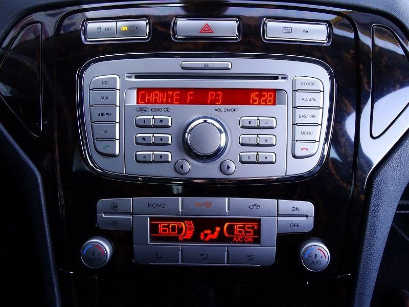 Photo 17 de l'offre de FORD MONDEO 1.8 TDCI 125CH GHIA 5P à 7190€ chez International Auto Auneau