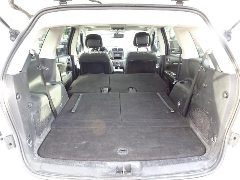 Photo 12 de l'offre de FIAT FREEMONT 2.0 MULTIJET 16V 170CH URBAN à 12990€ chez International Auto Auneau