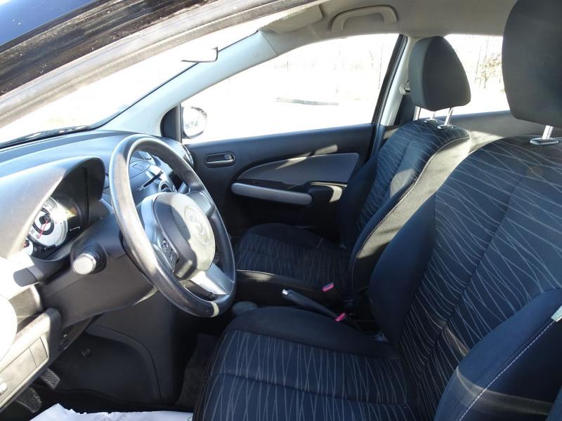 Photo 3 de l'offre de MAZDA MAZDA 2 1.4 MZ-CD ELEGANCE 5P à 5990€ chez International Auto Auneau