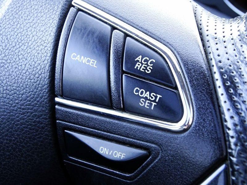 Photo 20 de l'offre de PEUGEOT 4008 1.8 HDI150 FAP STT 4WD à 12490€ chez International Auto Auneau