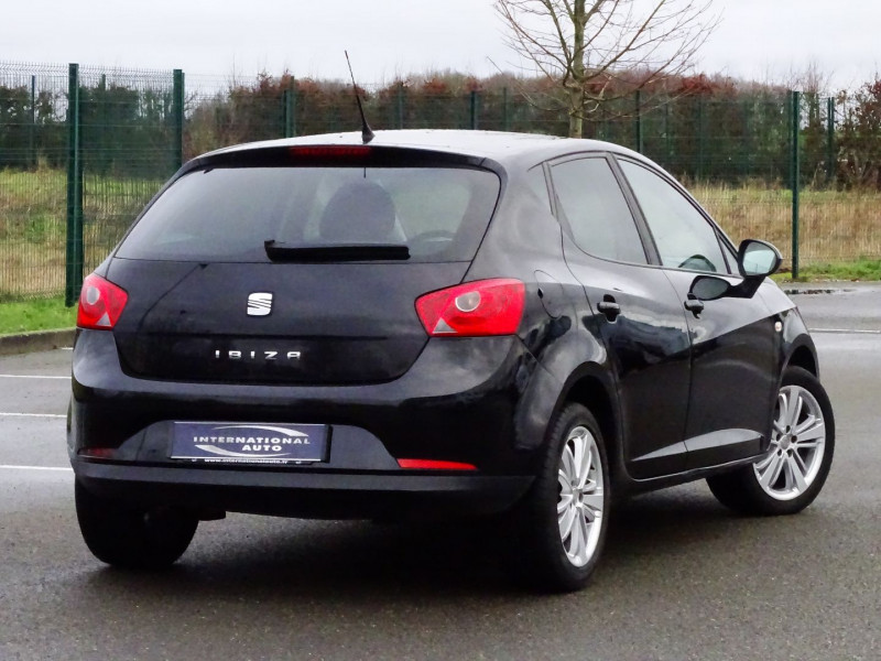 Photo 2 de l'offre de SEAT IBIZA 1.6 TDI90 FAP STYLE 5P à 6790€ chez International Auto Auneau