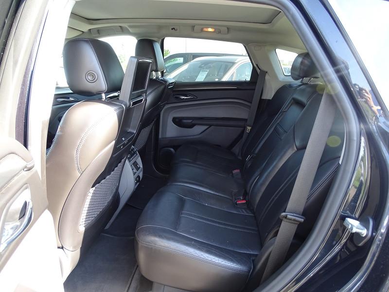 Photo 4 de l'offre de CADILLAC SRX 3.0 V6 AWD SPORT LUXURY  BA à 23490€ chez International Auto Auneau