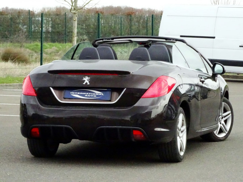Photo 2 de l'offre de PEUGEOT 308 CC 2.0 HDI FAP SPORT PACK à 10490€ chez International Auto Auneau
