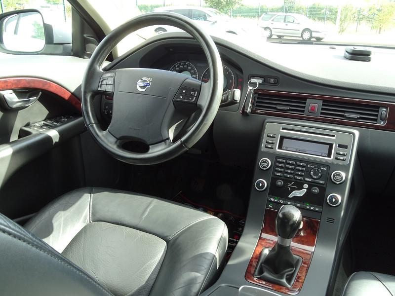 Photo 8 de l'offre de VOLVO S80 2.0 D 136CH MOMENTUM à 8490€ chez International Auto Auneau