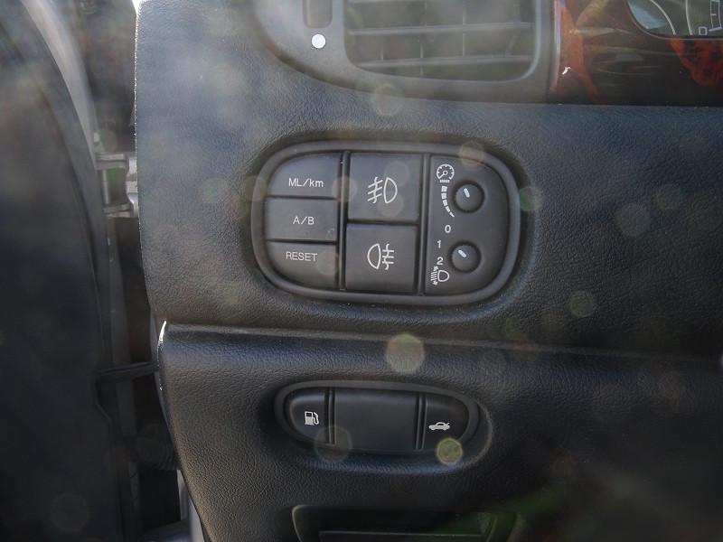 Photo 5 de l'offre de JAGUAR S-TYPE 2.7D BI-TURBO SPORT à 8690€ chez International Auto Auneau