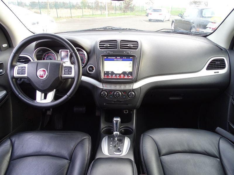 Photo 10 de l'offre de FIAT FREEMONT 2.0 MULTIJET 16V 170CH LOUNGE AWD BVA à 14990€ chez International Auto Auneau