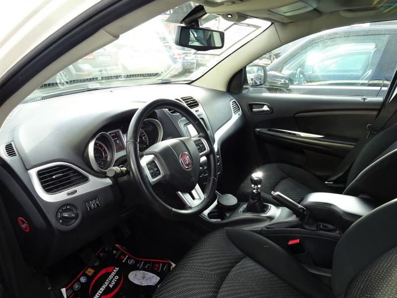 Photo 3 de l'offre de FIAT FREEMONT 2.0 MULTIJET 16V 170CH URBAN à 12990€ chez International Auto Auneau