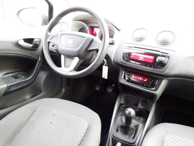 Photo 13 de l'offre de SEAT IBIZA 1.6 TDI90 FAP STYLE 5P à 6790€ chez International Auto Auneau