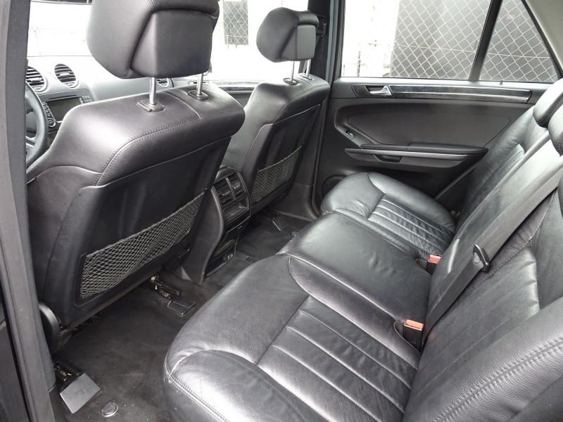 Photo 6 de l'offre de MERCEDES-BENZ CLASSE ML (W164) 280 CDI PACK LUXE à 10590€ chez International Auto Auneau