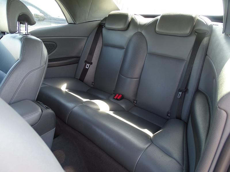 Photo 8 de l'offre de SAAB 9-3 CABRIOLET 1.9 TID150 VECTOR à 9890€ chez International Auto Auneau