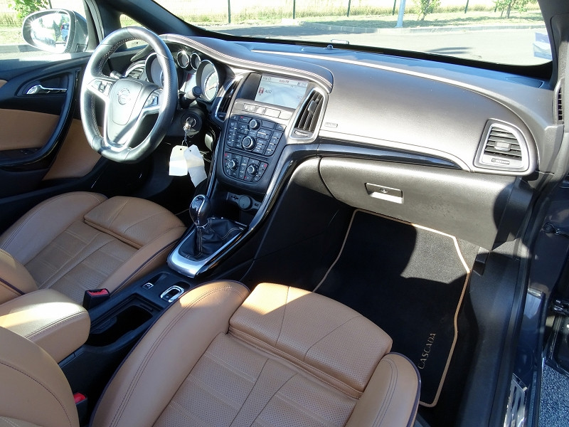 Photo 14 de l'offre de OPEL CASCADA 2.0 CDTI 165CH COSMO PACK START&STOP à 13590€ chez International Auto Auneau