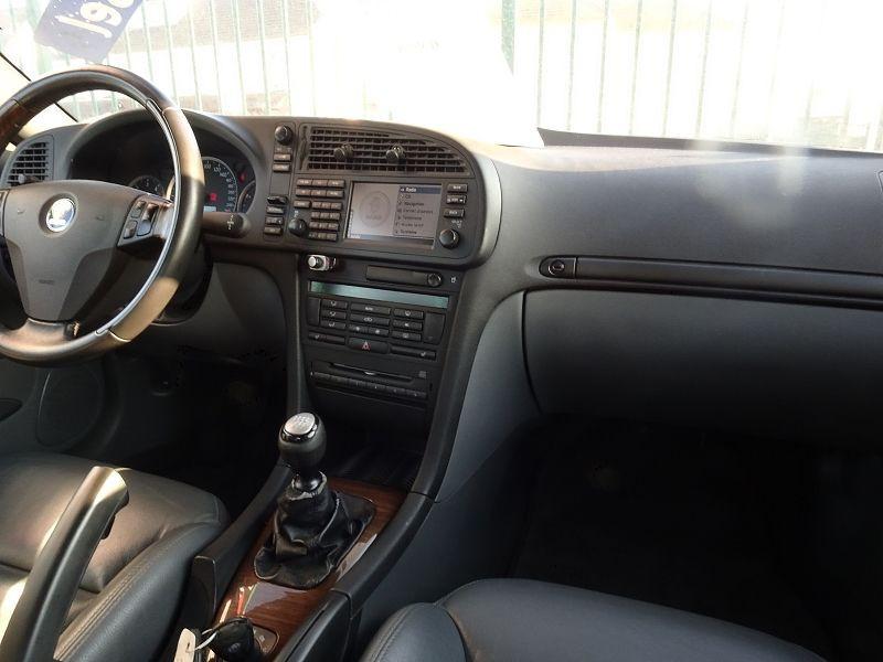 Photo 11 de l'offre de SAAB 9-3 CABRIOLET 1.9 TID150 VECTOR à 9890€ chez International Auto Auneau