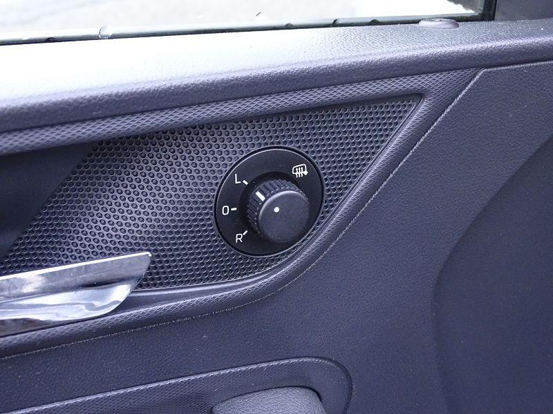 Photo 5 de l'offre de SEAT TOLEDO 1.2 TSI 105CH REFERENCE à 8490€ chez International Auto Auneau