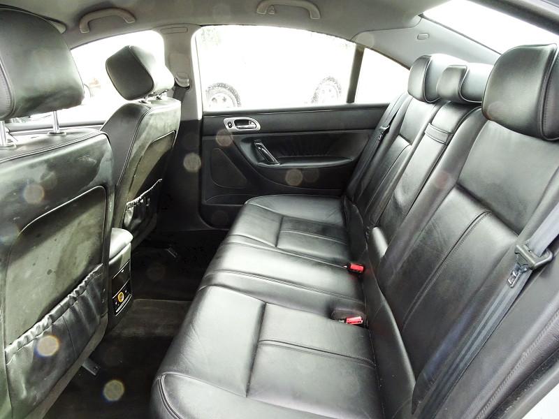 Photo 11 de l'offre de PEUGEOT 607 2.0 HDI136 FELINE FAP à 6790€ chez International Auto Auneau