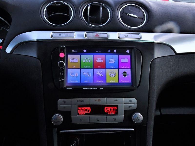 Photo 17 de l'offre de FORD S-MAX 2.0 TDCI 140CH TITANIUM à 6690€ chez International Auto Auneau