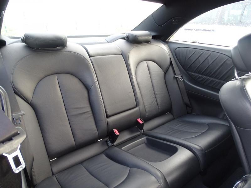 Photo 16 de l'offre de MERCEDES-BENZ CLASSE CLK (C209) 320 CDI AVANTGARDE 7GTRO à 9890€ chez International Auto Auneau