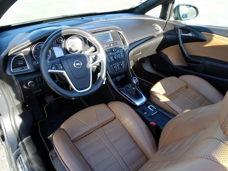 Photo 8 de l'offre de OPEL CASCADA 2.0 CDTI 165CH COSMO PACK START&STOP à 13590€ chez International Auto Auneau