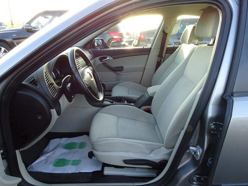 Photo 4 de l'offre de SAAB 9-3 1.9 TID150 FAP LINEAR SPORT SENTRONIC à 6590€ chez International Auto Auneau