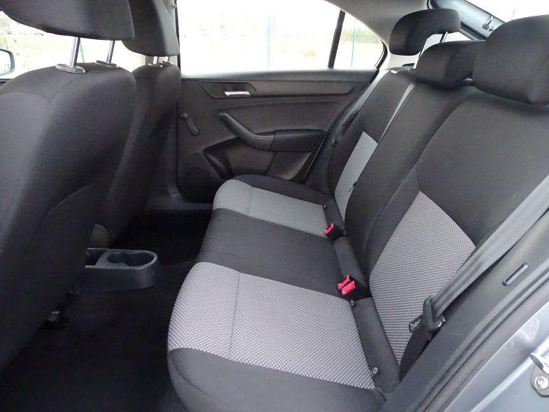 Photo 8 de l'offre de SEAT TOLEDO 1.2 TSI 105CH REFERENCE à 8490€ chez International Auto Auneau
