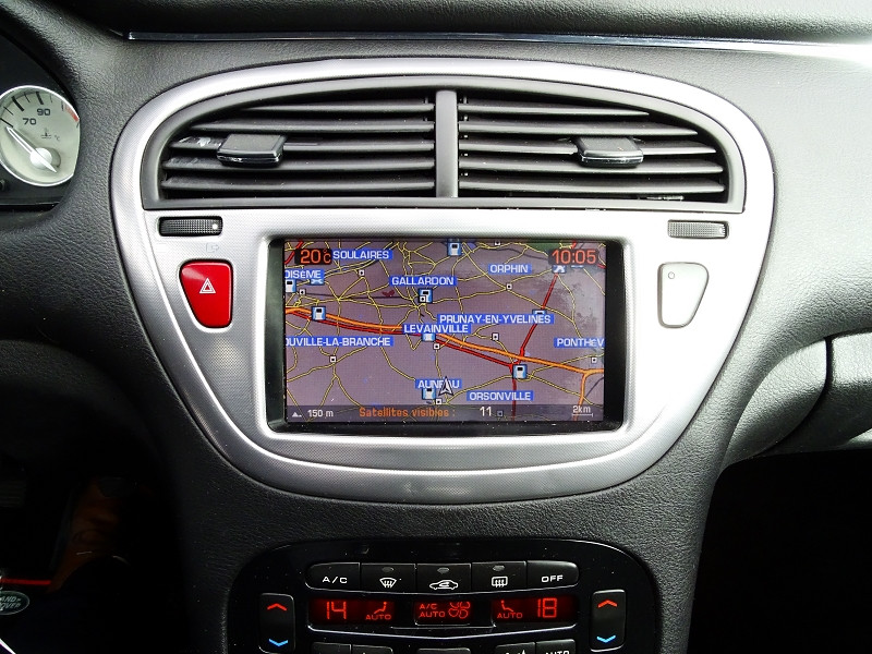 Photo 10 de l'offre de PEUGEOT 607 2.0 HDI136 FELINE FAP à 6790€ chez International Auto Auneau