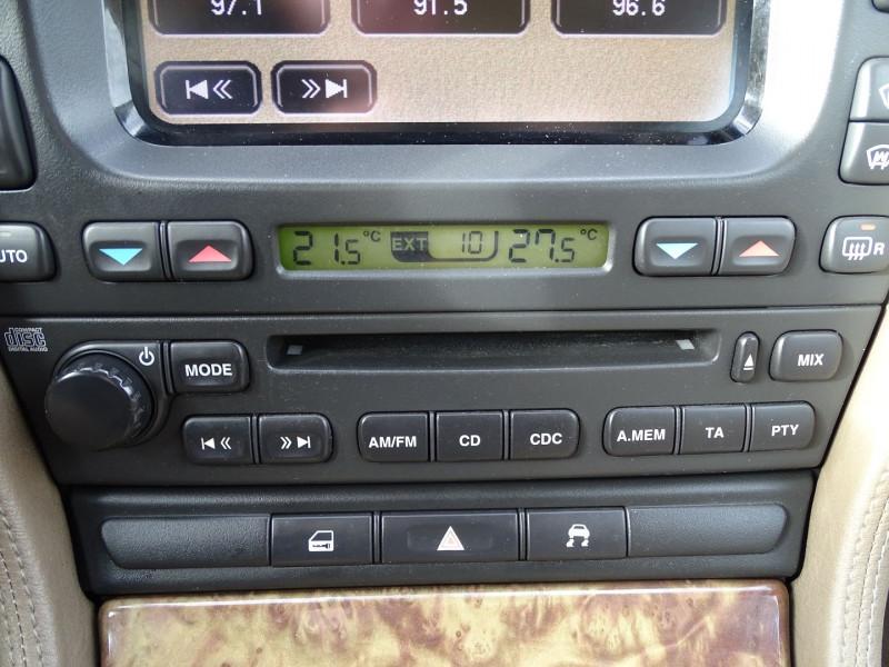 Photo 7 de l'offre de JAGUAR S-TYPE 2.7D BI-TURBO CLASSIQUE BA à 7890€ chez International Auto Auneau