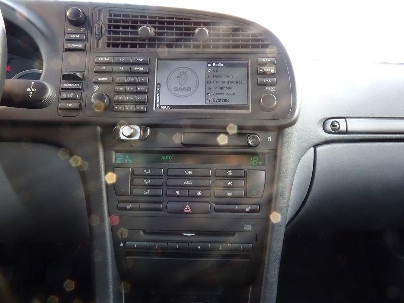 Photo 14 de l'offre de SAAB 9-3 CABRIOLET 1.9 TID150 VECTOR à 9890€ chez International Auto Auneau